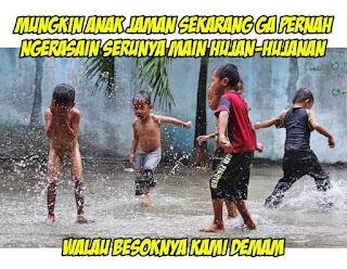 34 Meme Dan Gambar Kocak Pada Saat Datangnya Musim Hujan