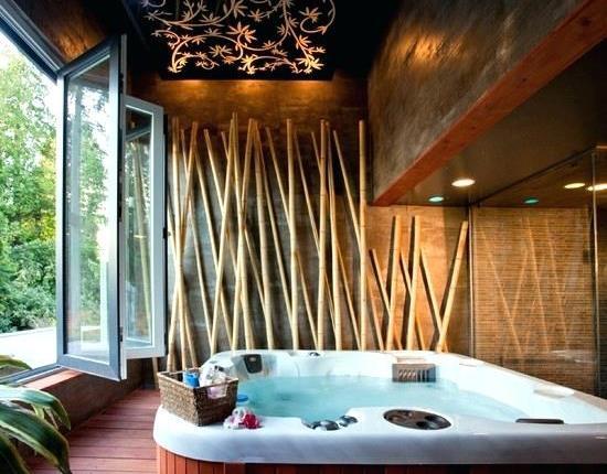 Seringkali kita melihat bambu yang digabungkan dengan interior modern dalam bentuk dekora 11 Hiasan Interior Rumah dari Bambu