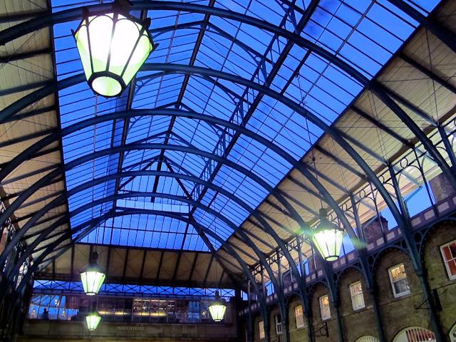 Covent Garden market building piazza