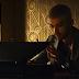 """ZAYN faz seu próprio filme de ação no clipe de """"Dusk Till Dawn"""", parceria com a Sia"""