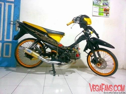 Modifikasi Vega ZR Hitam Kuning Ala Racing
