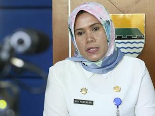 Sekretaris Disdik Kota Bandung Mia Rumiasari