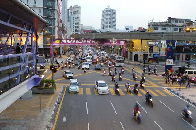 Ruch uliczny w stolicy Malezji