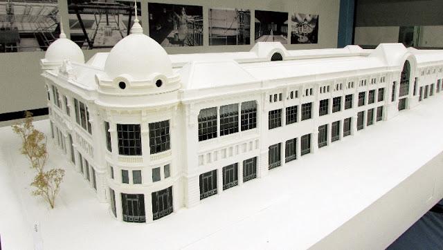 Maquete do edifício do Mercado do Bolhão restaurado