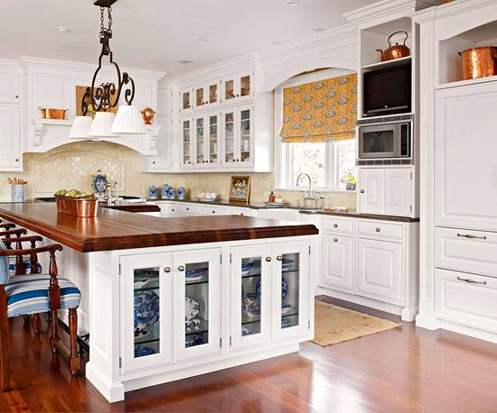 2012 White Kitchen Cabinets Decorating Design Ideas