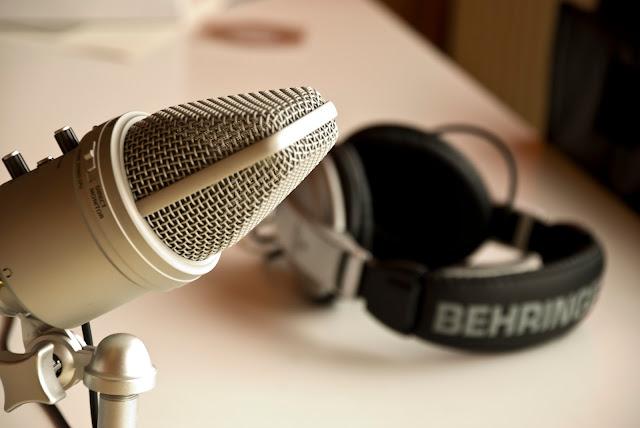 Video donde se explica ¿qué es un podcast? y ¿para qué nos sirve?
