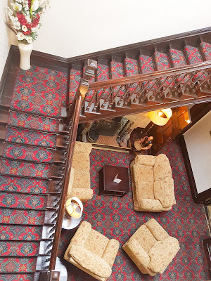 staircase appleby manor by what claire did