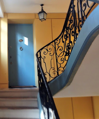 Staircase Ile St Louis mansion 75004
