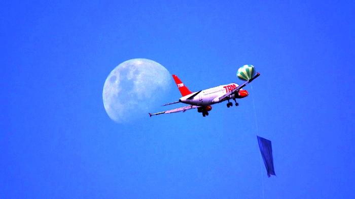 7181d7e39c4 VOAR NEWS AVIAÇÃO   DEFESA  Mais um problema envolvendo balões no ...