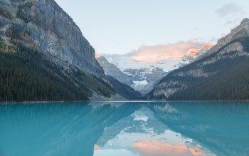 Wallpaper: Lake Louise