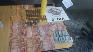 Policia Militar de Ilha Comprida prende 4 pessoas por trafico de entorpecentes