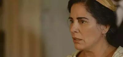 Lola (Gloria Pires)