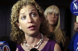 Debbie Wasserman Schultz Immediately Joins Hillary Clinton Campaign After Resignation