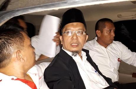 Baru Saja Hirup Udara Bebas, Alfian Tanjung Kembali Dicokok Polisi Terkait Laporan PDIP
