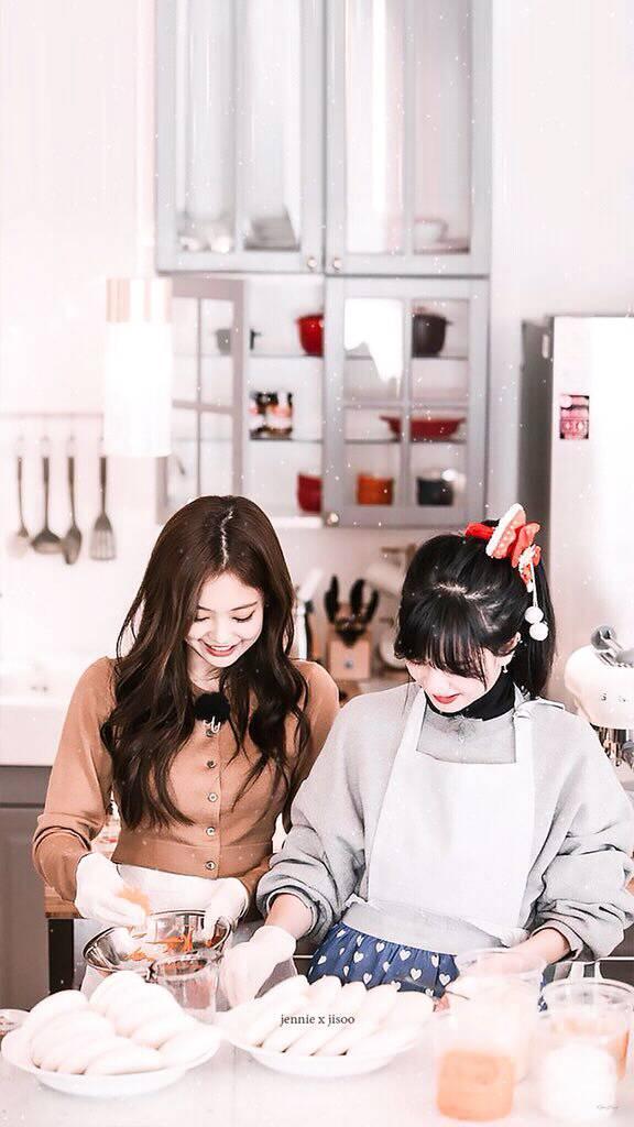 Wallpaper Kim Jennie and Kim Jisoo ( jennie x jisoo ) Blackpink House 2018 #1 576 x 1024 for Android/Iphone