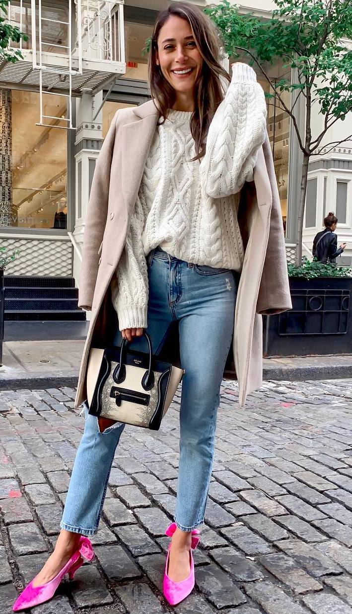 what to wear with a pair of pink flats : nude cashmere coat + white knit sweater + bag + boyfriend jeans