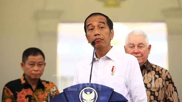 Jokowi; Bukan Serangan Balik, Cuma Serangan Bolak-Balik