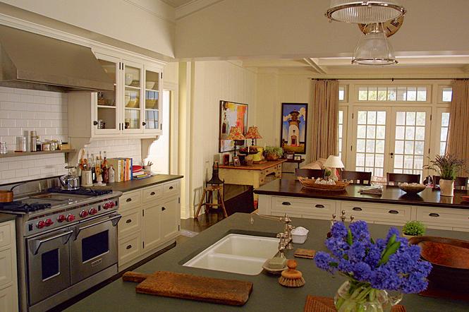 Gender and Food Week: Trophy Kitchens in Two Nancy Meyers ...