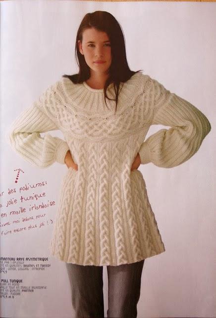 2146eaba2cc7 Δωρεάν πατρόν γι  αυτήν την υπέροχη μπλούζα με πλεξίδες!