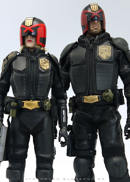 osw.zone Comparison images of art figurines 1 / 6. Scale judges Dredd and VTS Judges Anderson figures