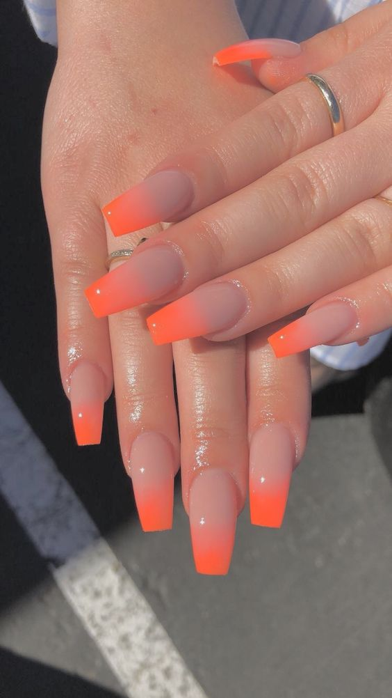 gorgeous ombre nail art idea