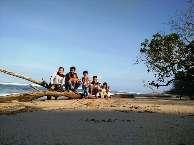 pantai pesisir barat