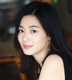 Foto pemain drama korea Jun Ji Hyun