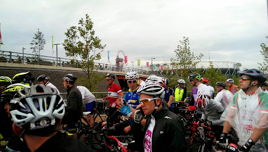 Roads closed, heavens opened - riding the 2014 Prudential RideLondonSurrey(not quite)100