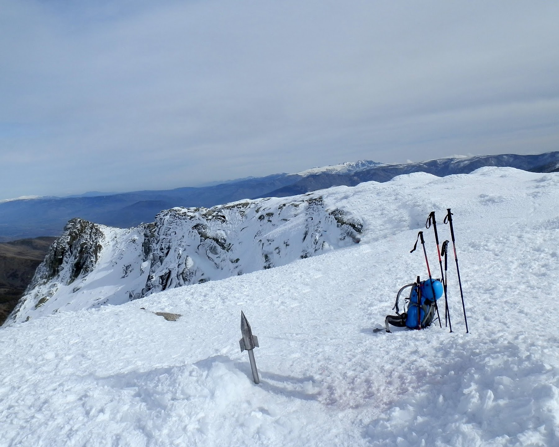 Canchal de la Ceja, montaña invernal