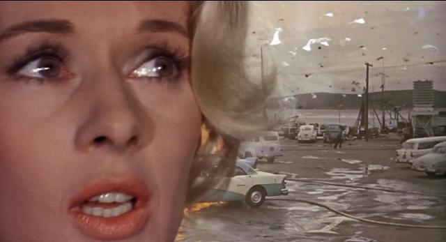 http://www.clasicofilm.com/2015/01/los-pajaros-1963-hd-720-resubida.html
