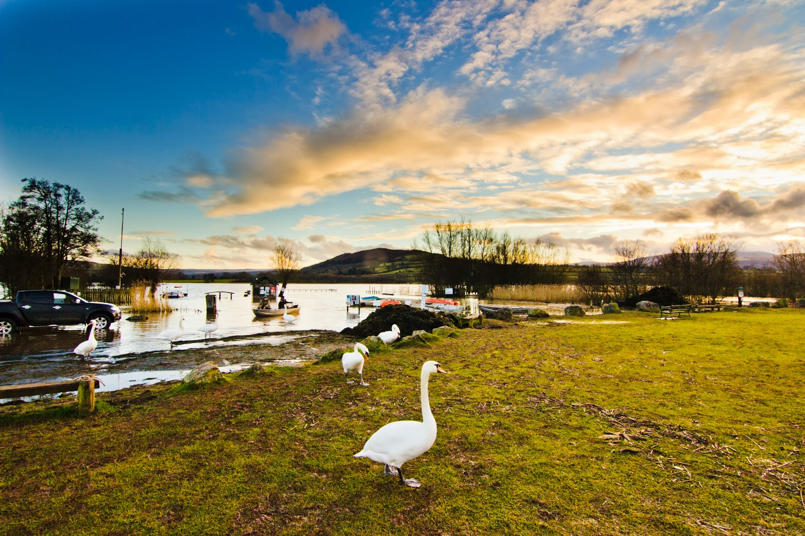 Llangorse Lake (Breacon Beacons, South Wales)