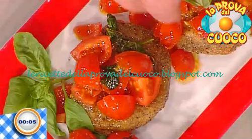 Mozzarella in carrozza con salsa al pomodoro ricetta Salvatori da Prova del Cuoco