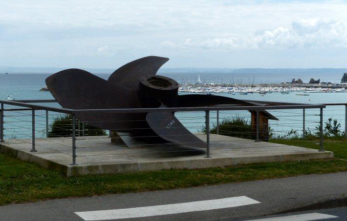 L'hélice de la Jeanne d'arc à Morgat