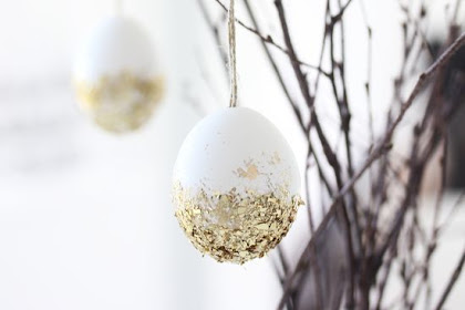 10 DIY Eeaster Decorations With Eggs
