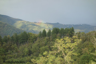 Arcobalena Rainbow in Tuscan mountains