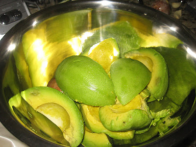 bowl of halved avocado