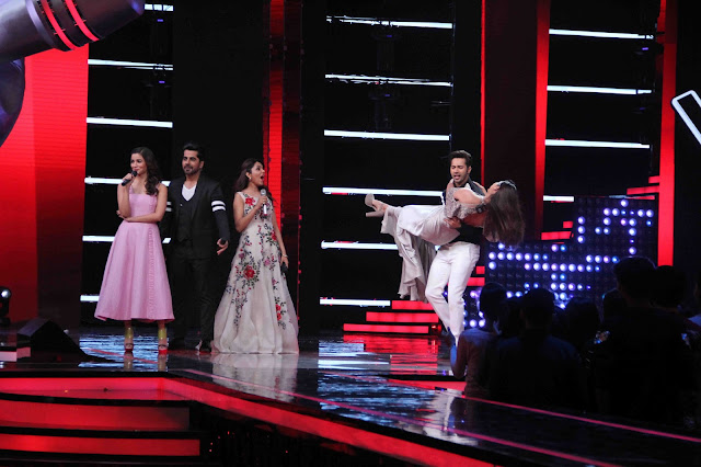 Varun Dhawan and Alia Bhatt in awe of The Voice India Coaches
