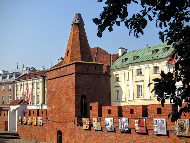 Warsaw's Old Town Wall