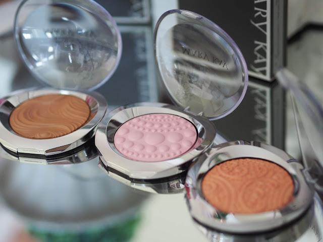 Mary Kay Limited Edition Sheer Dimensions Powder