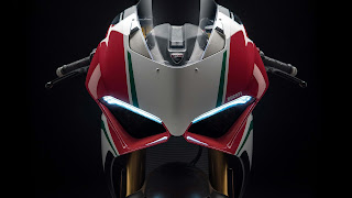 2018 Ducati Panigale V4 Speciale Best HD Bike Wallpaper
