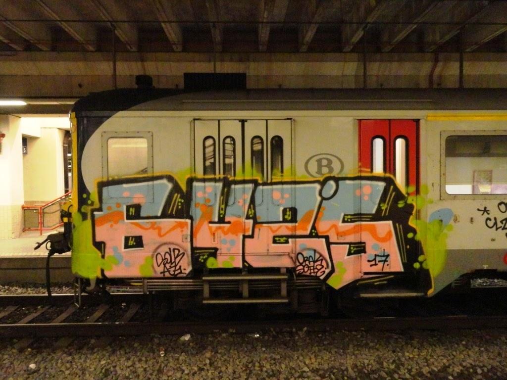 Japanese Girl Graffiti Art On Trains-7405
