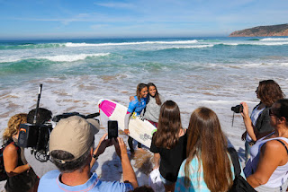 55 Sally Fitzgibbons AUS Cascais Womens Pro foto WSL Laurent Masurel