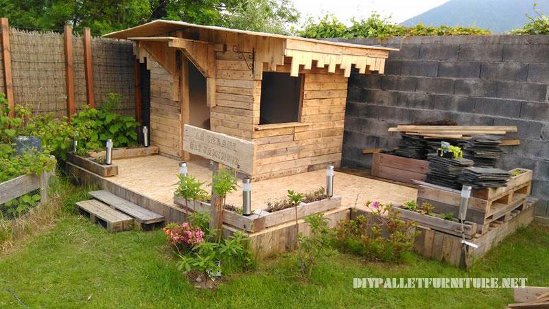 Caba a para ni os construida con for Cabana madera ninos