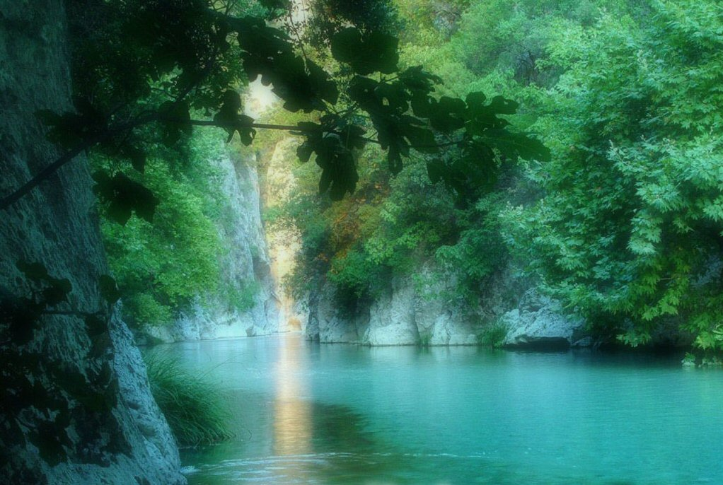 Beautiful Nature River | Free Desktop Wallpapers for ... |Beautiful River Photography