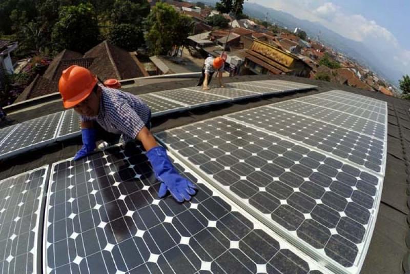 Inilah Solusi Tepat Pembangkit Listrik Tenaga Matahari dan Hybrid