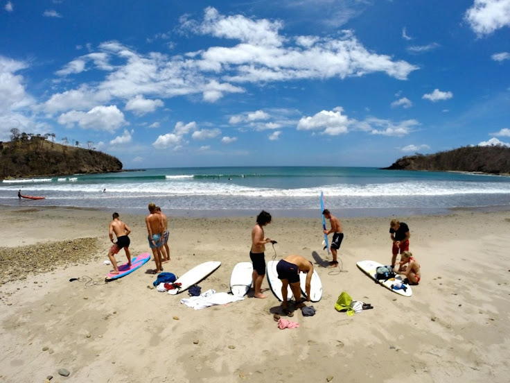 surfing remanso beach nicaragua
