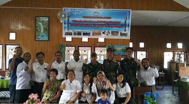 Satgaskes TNI Lakukan Screening Radang Telinga SMPN 2 Agats