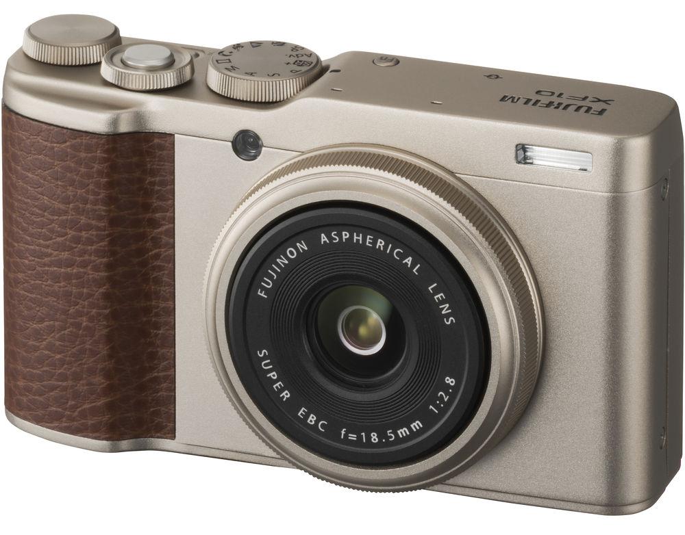 Камера Fujifilm XF10, золотистого цвета
