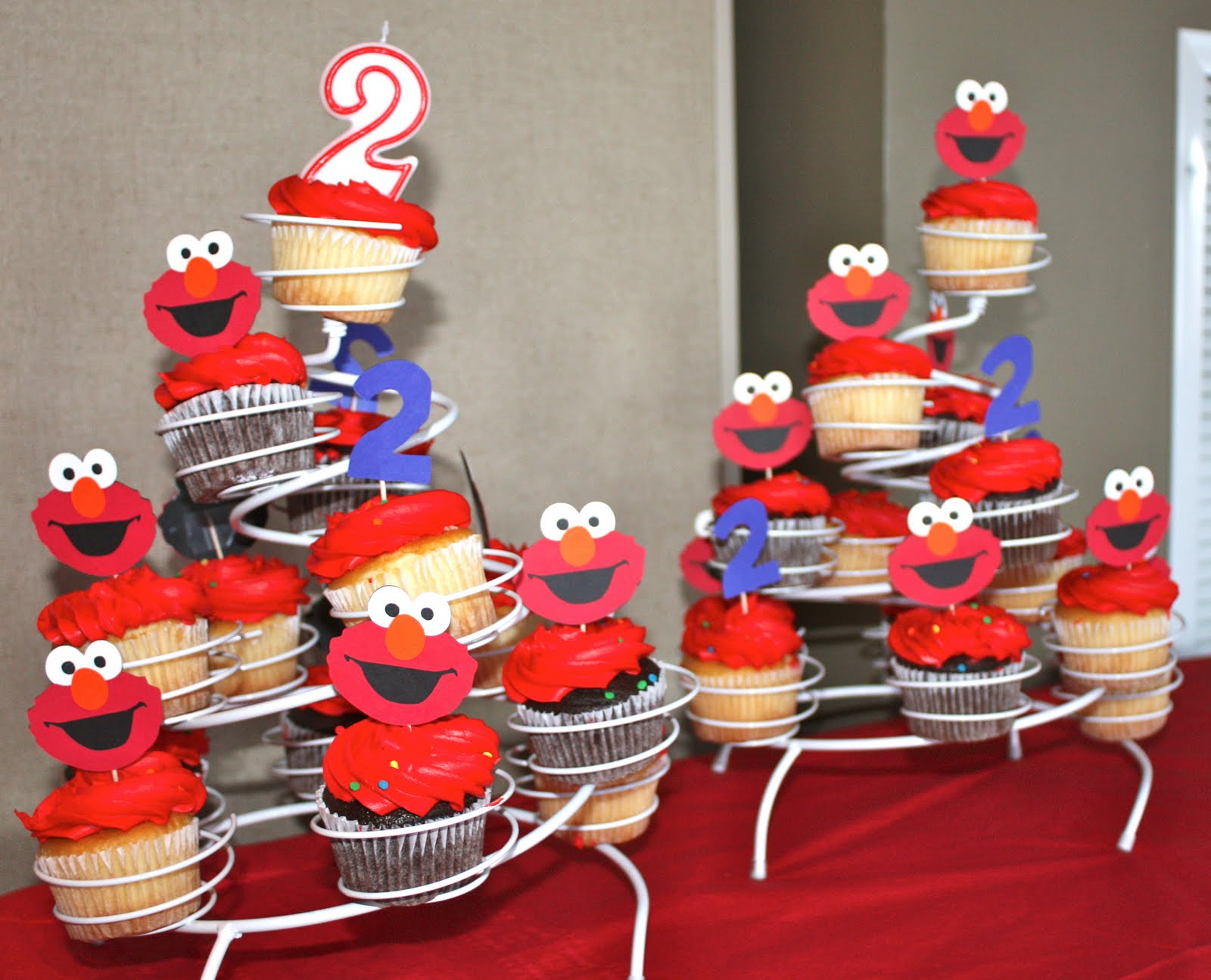 Buggy S Basement Elmo Birthday Party