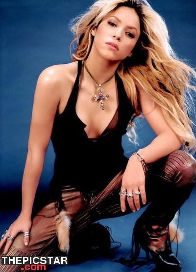 صور، إغراء، المغنية، شاكيرا، Shakira، ساخنة، عارية، مثيرة، إطلالة، وجه، جميلة، صدر